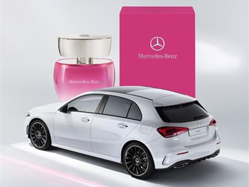 ¡Conquista a tu madre con la fragancia Mercedes-Benz for Women Rose!